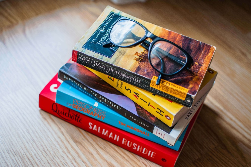 Literary & Commercial fiction